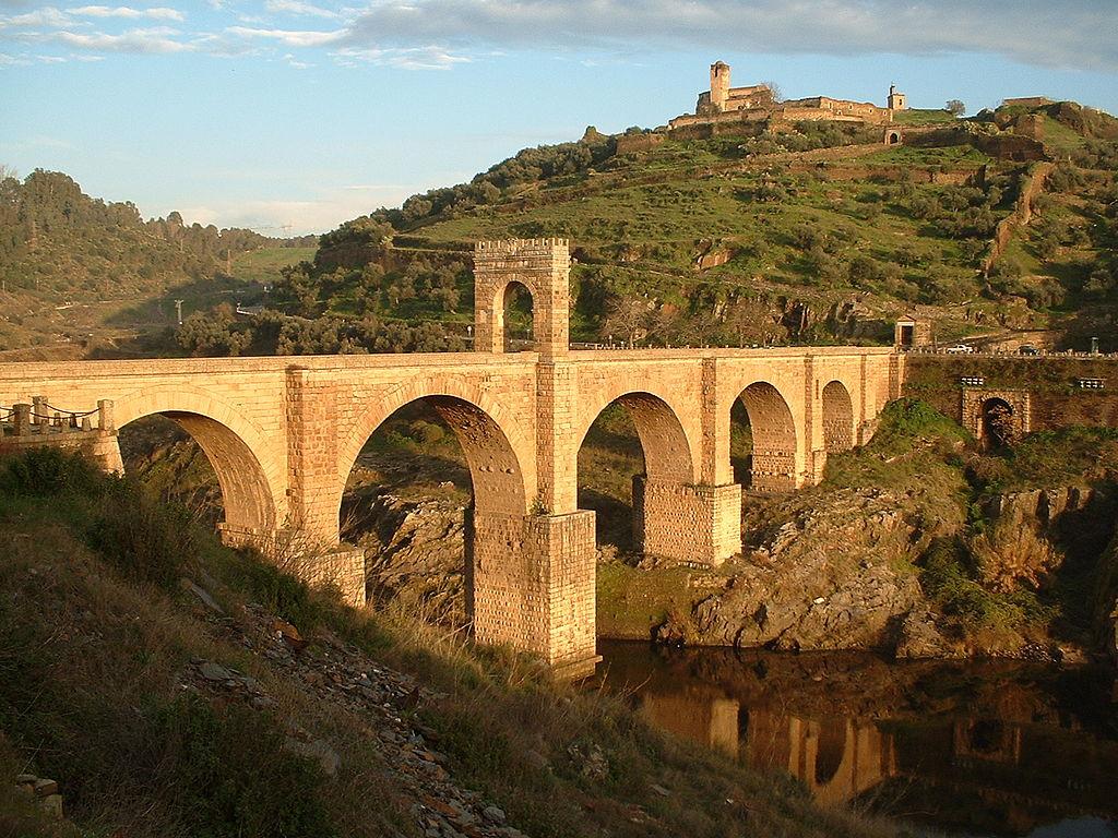 Алькантарский мост, эпоха Траяна