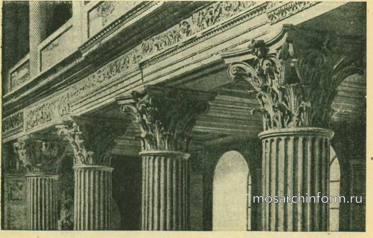 Прямоугольный вертикальный памятник Римская Ваза. Габбро-диабаз Георгиевск