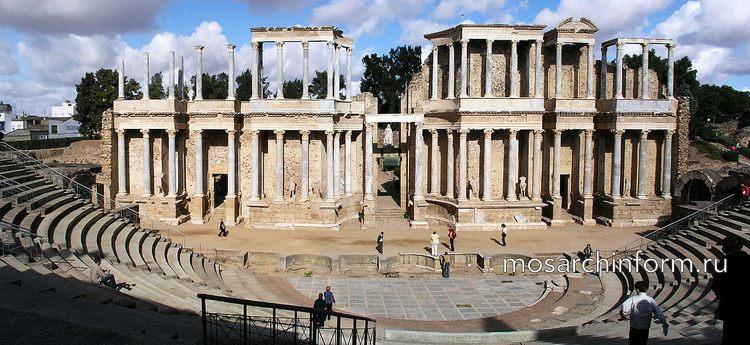Римский театр в Мериде, Римский период - Архитектура Испании