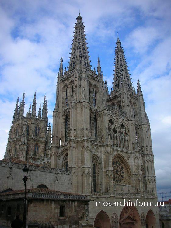 Кафедральный собор в г. Бургос- Готический период - Архитектура Испании