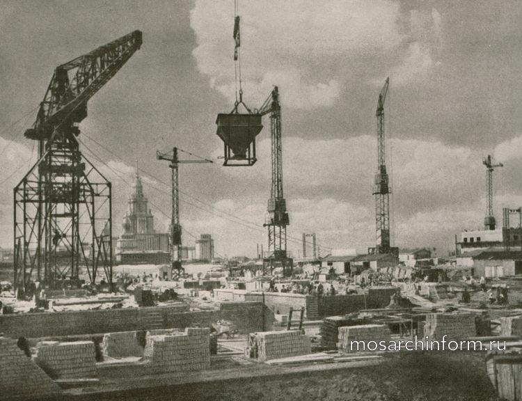 Насущные вопросы индустриального домостроения Москвы ( СССР)
