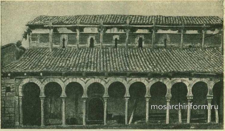 Продольная стена Сант-Мигуель де Эскалада, около Леона