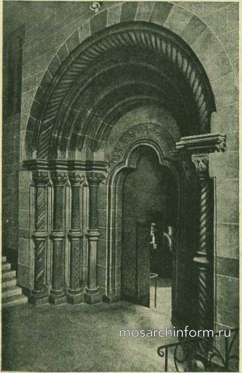 Портал собора в Гейльсбронне (ныне в германском музее в Нюрнберге)