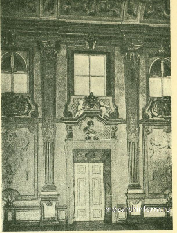 Мраморный зал в замке Мирабель около Зальцбурга.